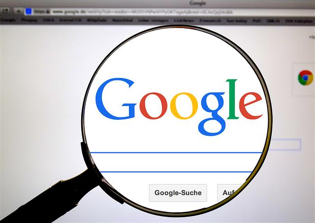 Qué factores evalúa Google en tu web